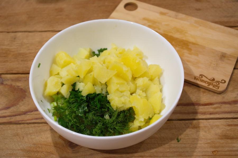 Картофельный салат с кальмарами и огурцами - фото шаг 3