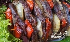 Шашлык из говядины в духовке - фото шаг 6