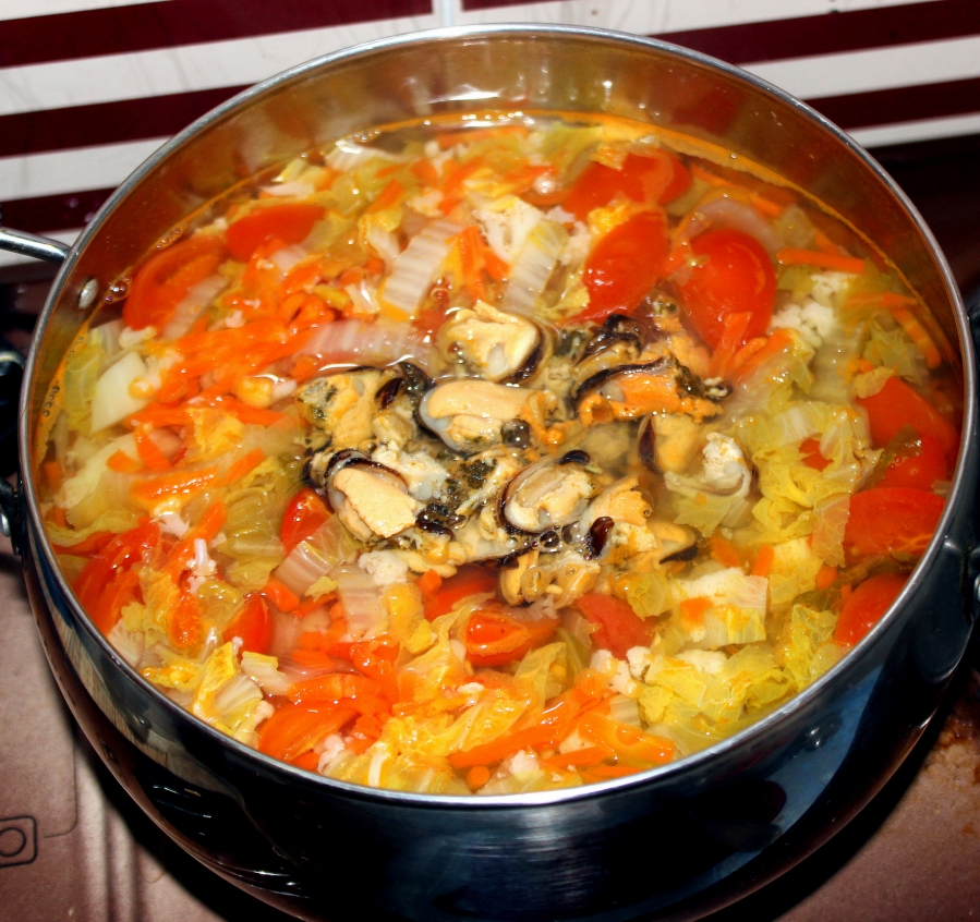 Белый суп с морепродуктами - фото шаг 4