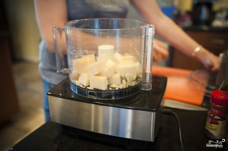 Гренки с сыром и чесноком - фото шаг 3
