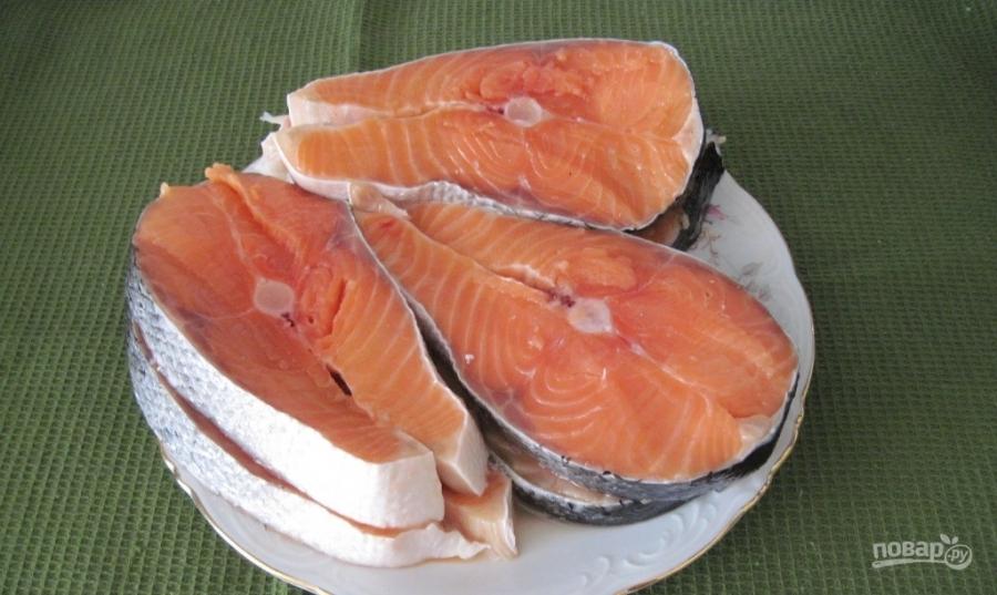 Красная рыба под соусом в духовке