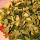 Рецепт Салат с вялеными помидорами и авокадо