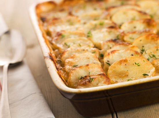 Картофель, запеченный с грибами и сметаной - фото шаг 4