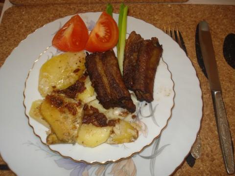 Запеченные свиные ребрышки в духовке - фото шаг 7