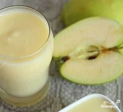 Яблочное пюре со сливками
