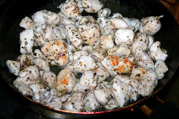 Рецепт Паста с куриным филе и томатным соусом