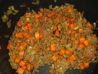 Рис с фаршем и морковью - фото шаг 3