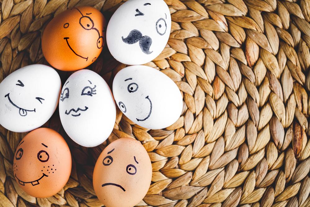Разрисованные куриные яйца