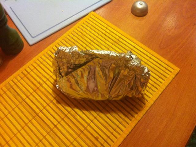 Брокколи в фольге в духовке - фото шаг 5