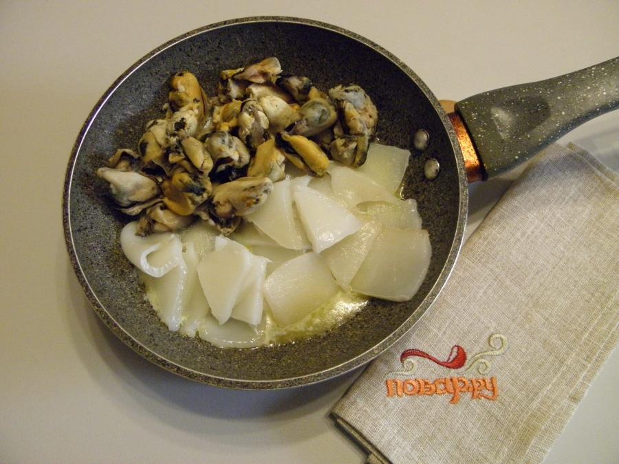 морской коктейль рецепты приготовления на сковороде со сметаной
