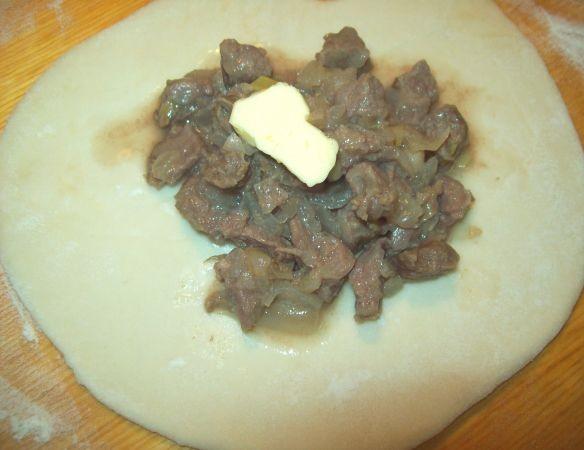 Самса с мясом в духовке - фото шаг 9
