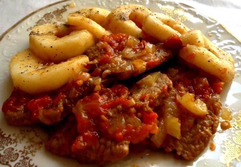 Рецепт Говядина с помидорами в мультиварке
