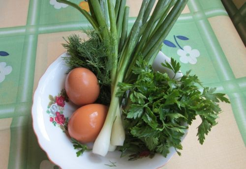 Соленые сырники с зеленью - фото шаг 1