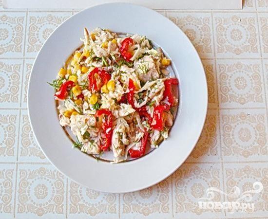 Салат с кольраби и корнем петрушки