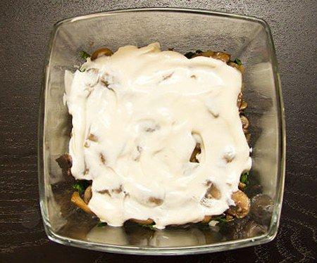 Салат с курицей и грибами - фото шаг 5