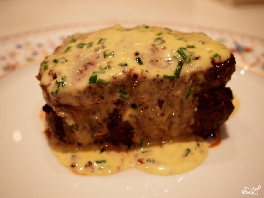 Бифштекс с сыром - фото шаг 3