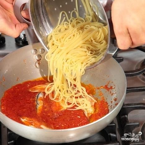 Спагетти с анчоусами - фото шаг 3
