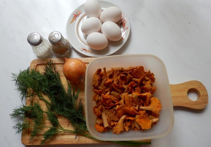 Рецепт Яичница с лисичками