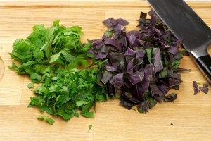 Салат к отбивным - фото шаг 6