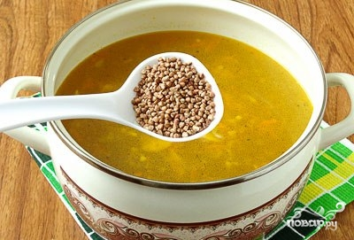 Гречневый суп с картофельными клецками - фото шаг 5