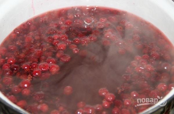 Клюквенный морс из замороженной клюквы - фото шаг 5