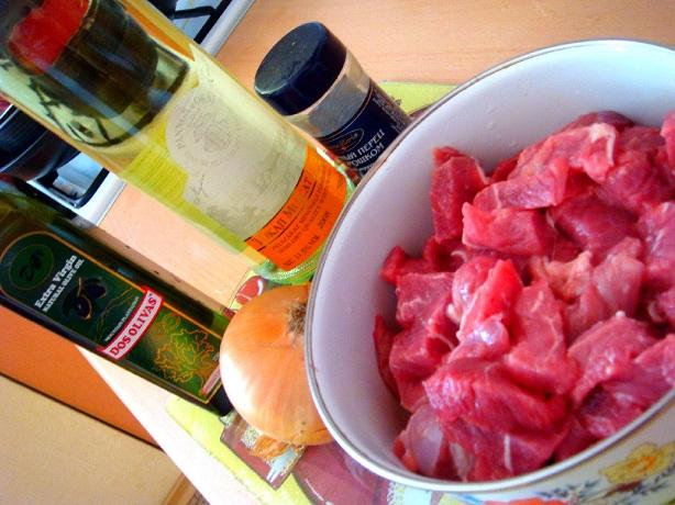 Рецепт Говядина в белом вине