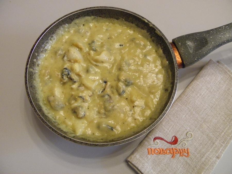 Морепродукты в сливочном соусе - фото шаг 4