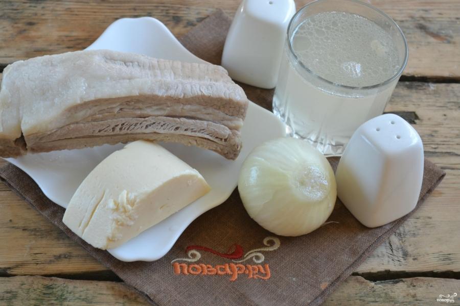 Мясо под сырным соусом - фото шаг 1