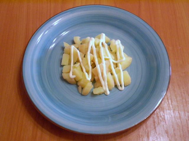 Слоеный салат с корейской морковью и курицей - фото шаг 3