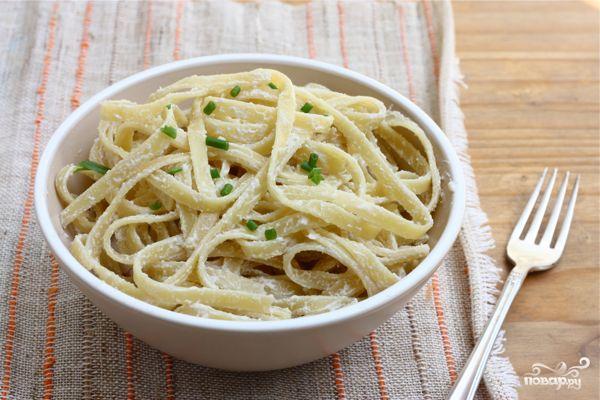 Вегетарианская паста Феттучини Альфредо
