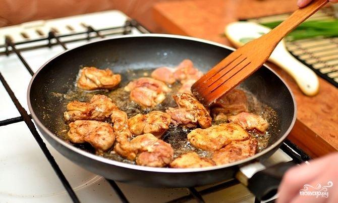 Курица с брокколи и грибами - фото шаг 6