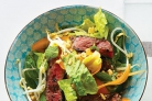 Салат из говядины, фасоли и моркови