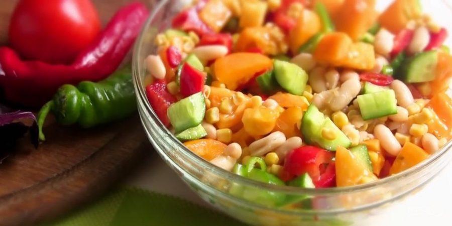 Легкий салат по-мексикански