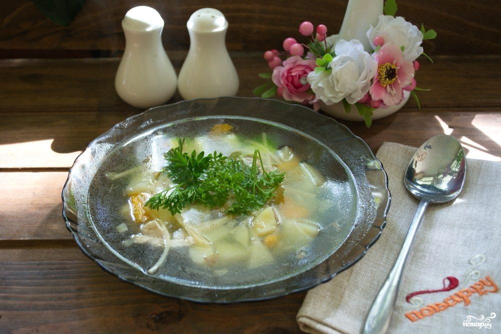 Куриный суп с лапшой