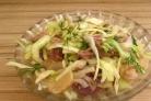 Салат из капусты и грибов