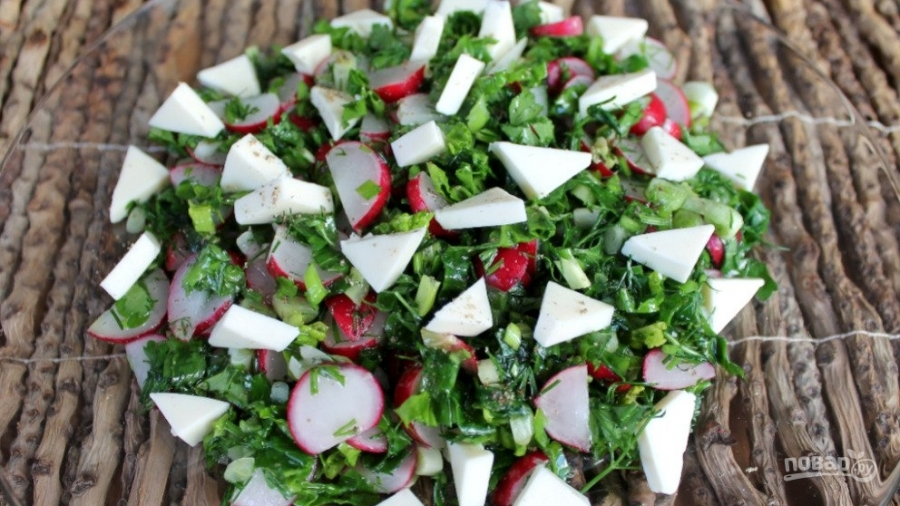 Свежий салат с плавленым сырком - фото шаг 4