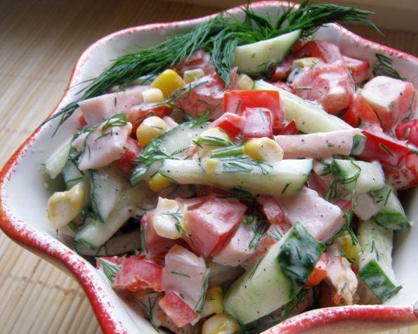 Вкусный салат с копченой курицей - фото шаг 5