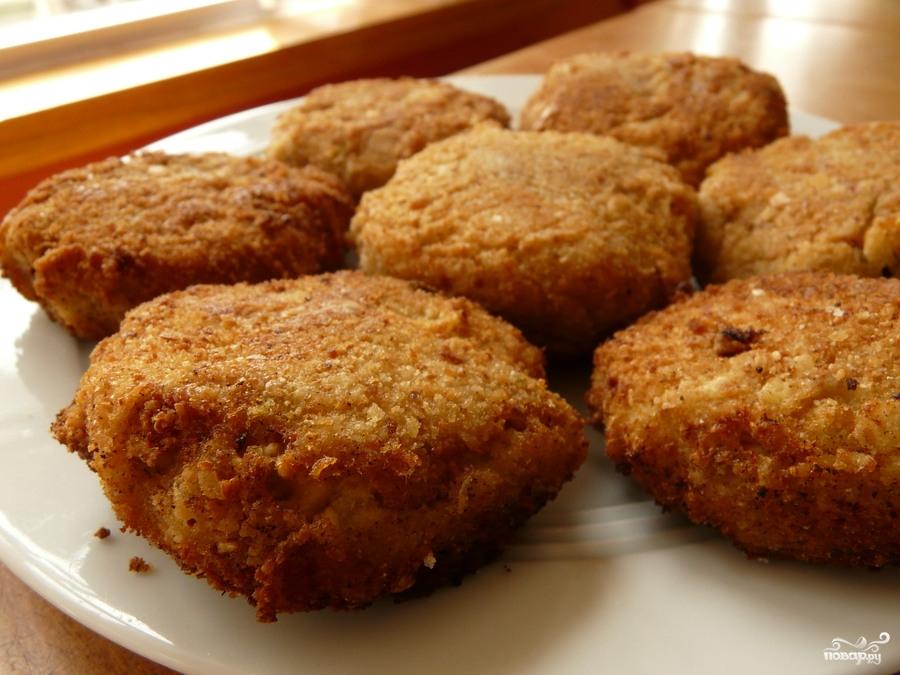 Вкусные котлеты в панировочных сухарях пошаговый рецепт с