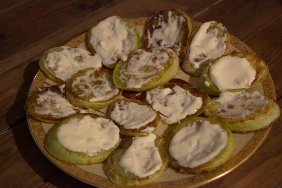 Жареные кабачки с помидорами и сыром - фото шаг 3