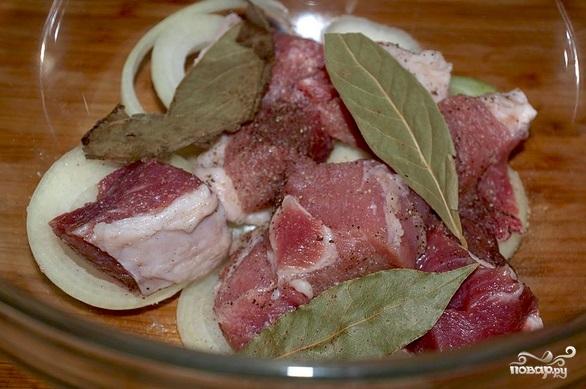 Шашлык из свинины в кефире - фото шаг 2
