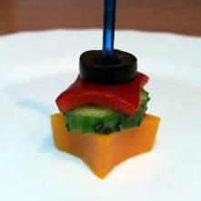 Канапе из мяса и овощей - фото шаг 5