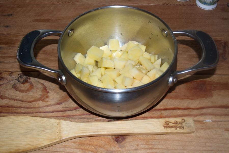 Гороховый суп с сыром - фото шаг 2