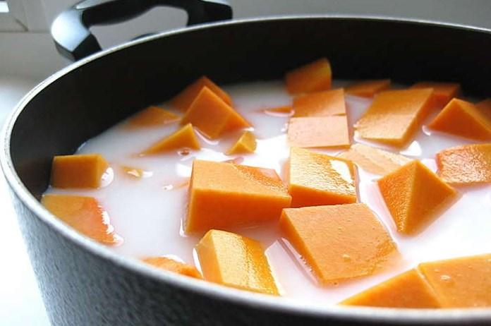 Каша из тыквы на молоке - фото шаг 3