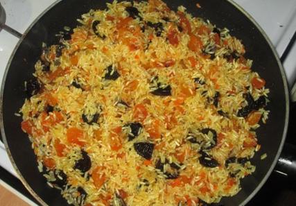 Вегетарианский плов с сухофруктами - фото шаг 3