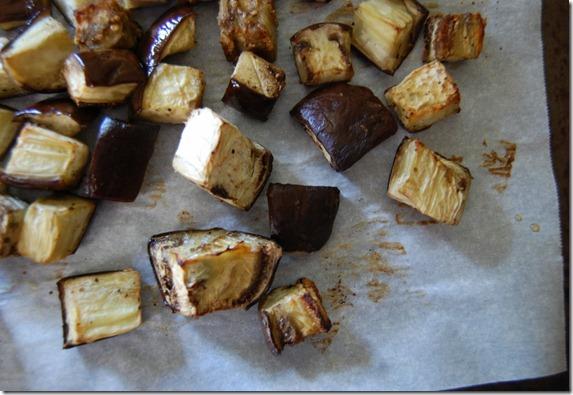 Простой салат из баклажанов - фото шаг 10