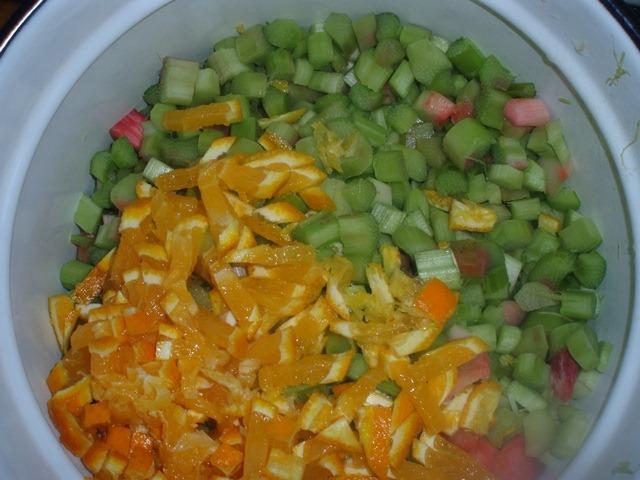 Варенье из ревеня с апельсином - фото шаг 2