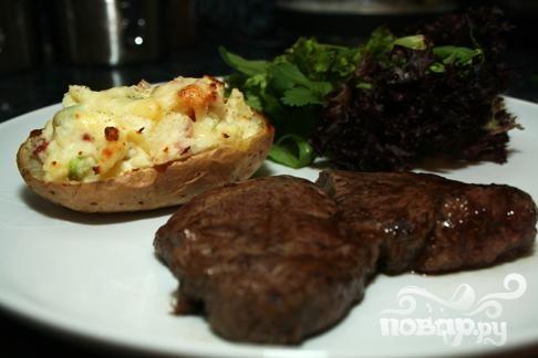 Рецепт Говядина с картофелем, сыром и кинзой