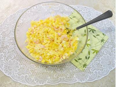 Салат в тарталетках с семгой - фото шаг 2