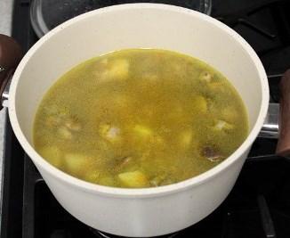 Суп грибной с фрикадельками - фото шаг 6