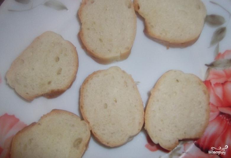 Бутерброды-шайбы с красной рыбой - фото шаг 1